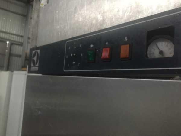 Купить Холодильный шкаф(камера) промышленый electrolux
