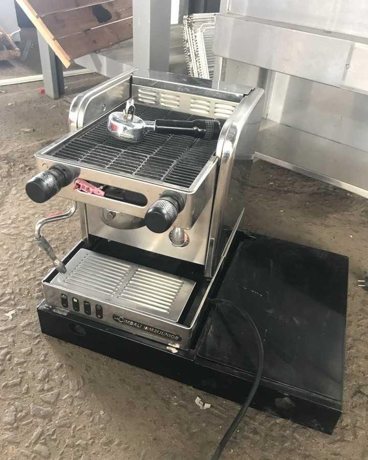 Кофемашина La Cimbali M21 Junior S/1 — выбрать кофемашину.