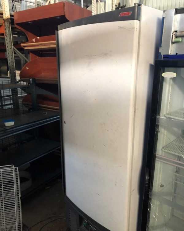 Купить Шкаф холодильный Ариада R700 M