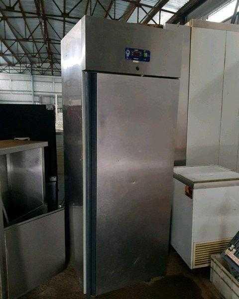 Купить Холодильный шкаф Desmon BM6A (IM7A)