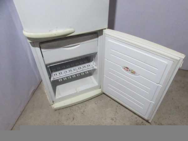 Купить Шкаф холодильный бытовой Атлант МХМ 1717-01