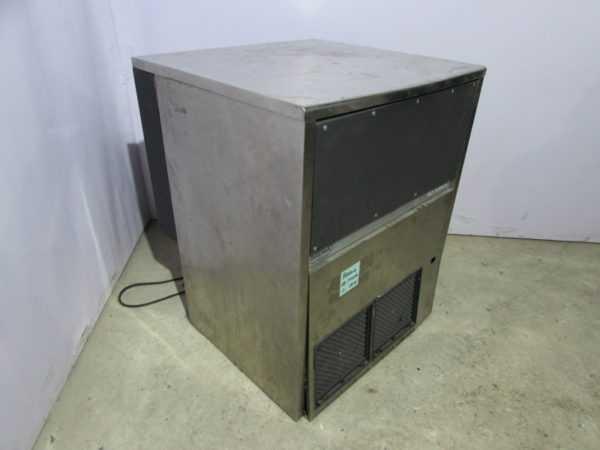 Купить Льдогенератор CB 1540 W