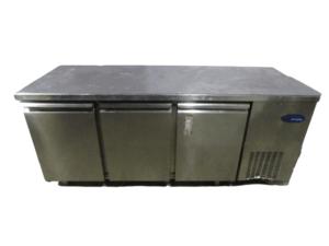 Купить Стол холодильный Tefcold PHM-3/1-1R-1R
