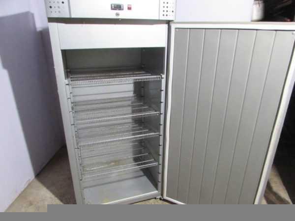 Купить Шкаф морозильный Carboma F700