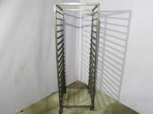 Купить Шпилька тележка пекарская глубина 77 см / ширина 67 см / высота 177,5 18 уровней противень 60/80