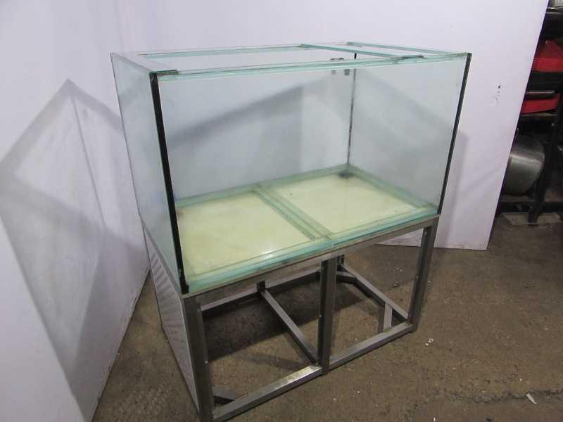 Аквариум для рыбы 120x70x140
