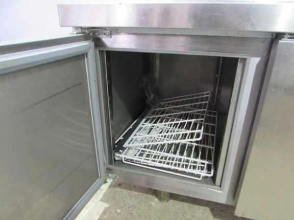 Купить Стол холодильный Hicold GN 111/TN LT