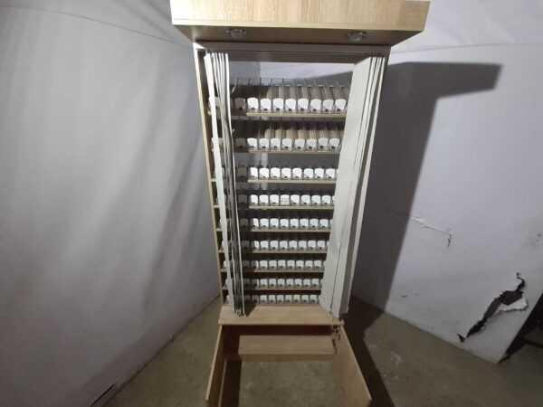 Купить Сигаретный диспенсер +тумба основание 90/45/219 см