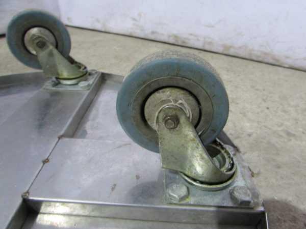 Купить Подставка на колесах из нержавейки д 43