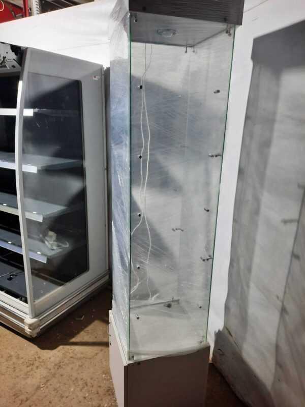 Купить Стойка витрина 45/45/210 стекло