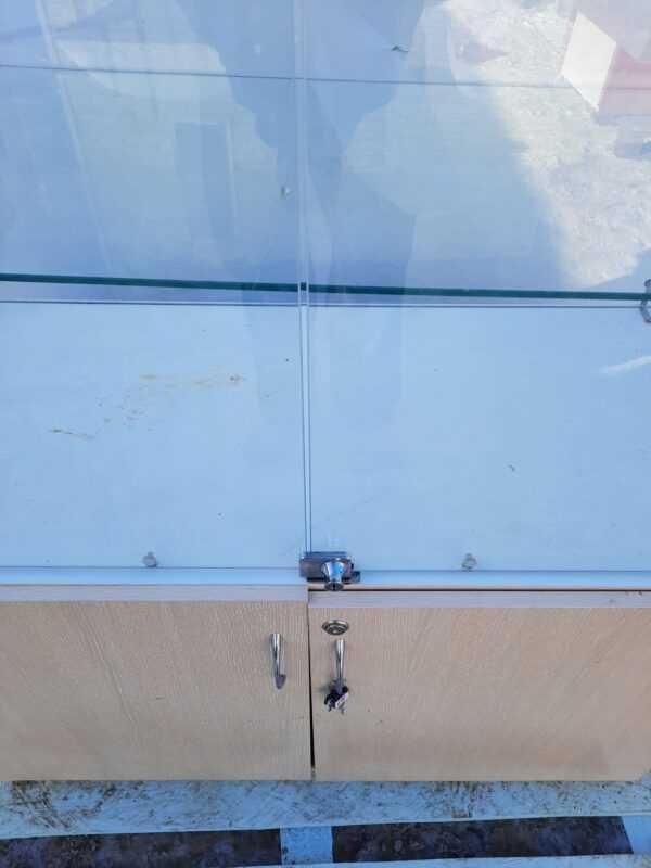 Купить Стойка витрина стекло дсп 100/47/212