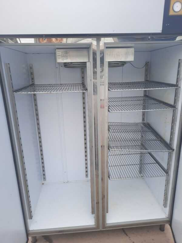 Купить Шкаф холодильный Arneg MLB3 1400