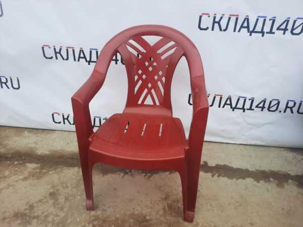 Купить Пластиковый стул красный
