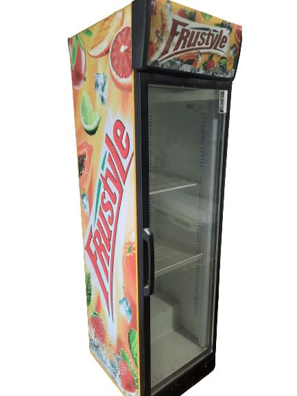 Купить Холодильный шкаф Helkama c5g